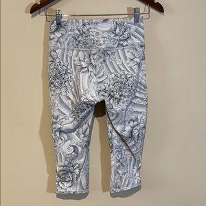 lululemon athletica Pants - Lululemon High-Rise White Grey Floral Mesh Crops 6